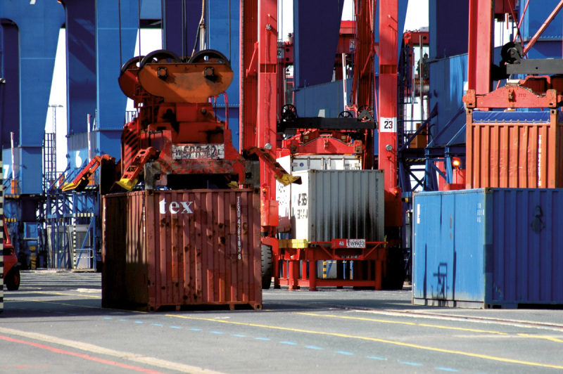 Over 6 million container in Bremerhaven per year